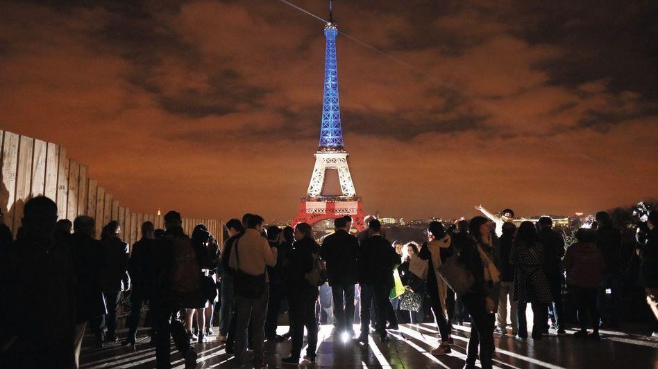 Trauernde in Paris Die Zerbrechlichkeit ist unser eigentliches Wesen