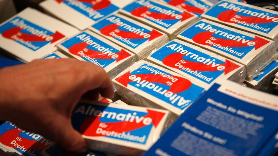 AfD-Wahlmaterial: Wie sehr können die Euro-Skeptiker den anderen Parteien schaden?