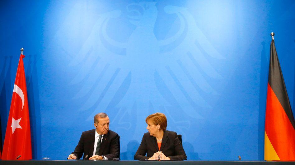 Erdogan und Merkel (im Februar 2014): Der Staatschef bleibt ein wichtiger Gesprächspartner