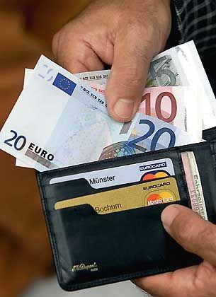 Gesundheitsrisiko Geldschein: Tückische Zinnverbindungen für dauerhafte Farben