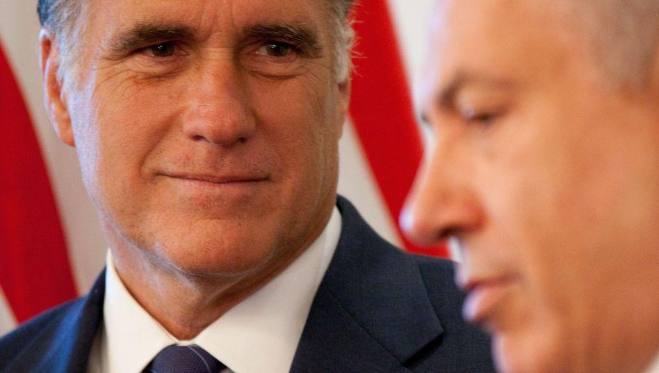 """Mitt Romney (l) und Bejamin Netanjahu: """"glaubwürdige militärische Abschreckung"""""""