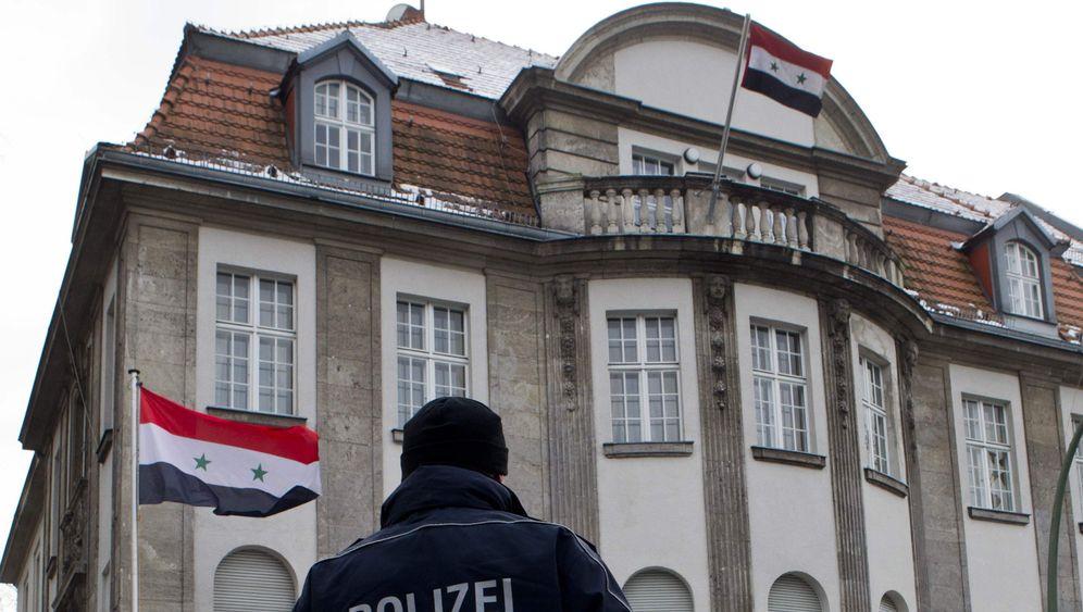 Syrien: Aufstand in Homs, Festnahmen in Berlin