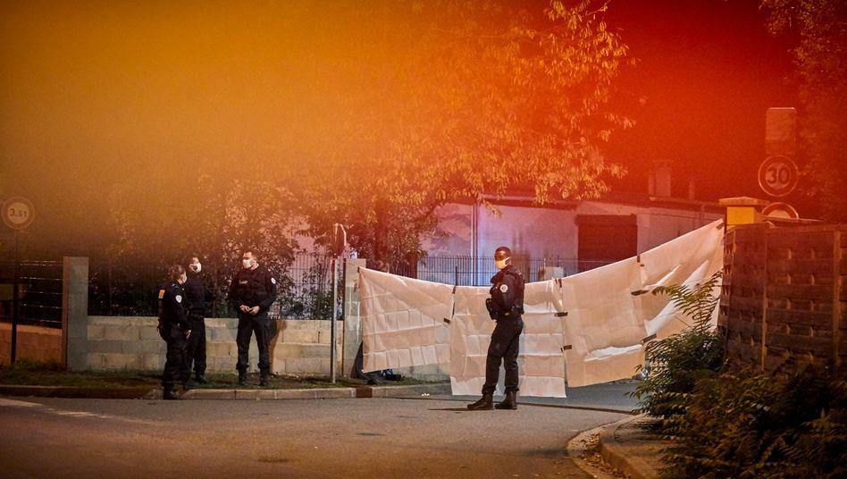 Polizeiabsperrungen in Conflans-Sainte-Honorine