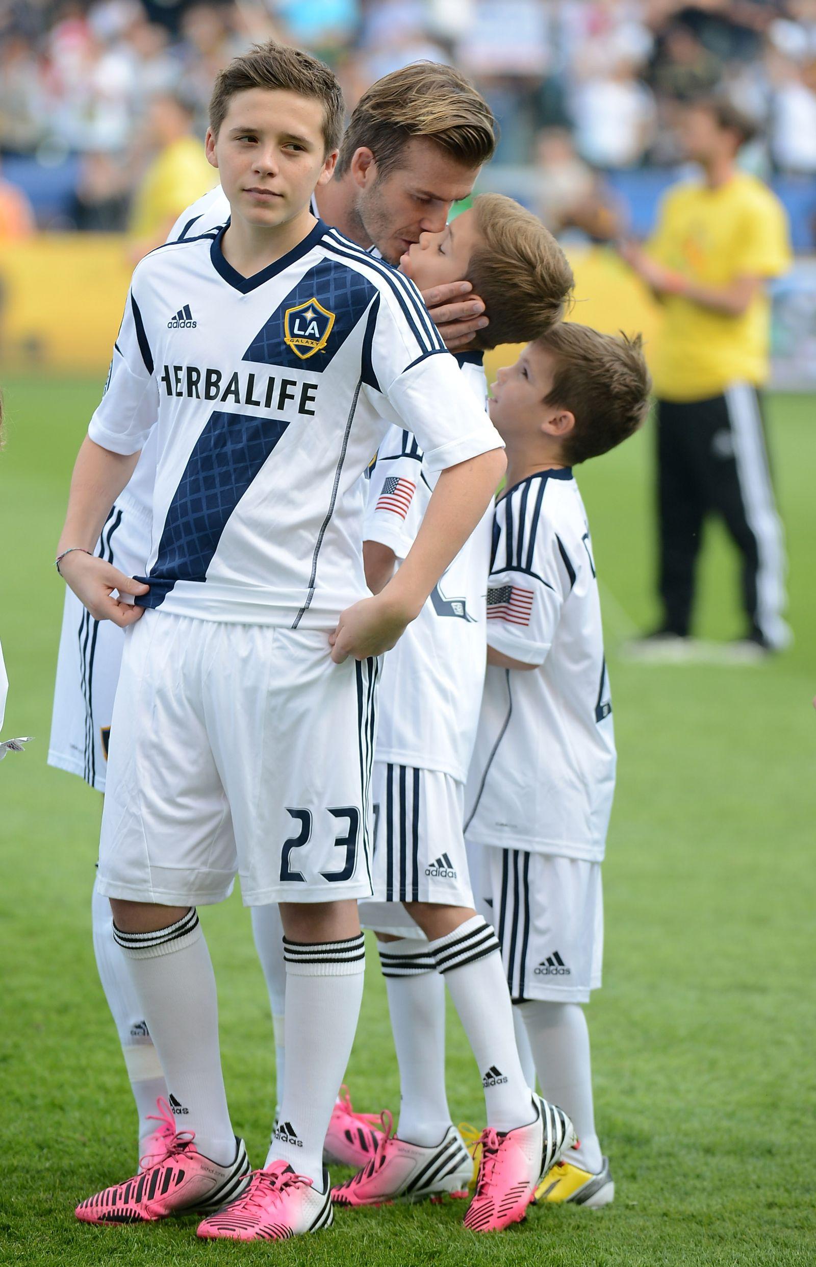 Brooklyn Beckham / David Beckham / Romeo / Cruz