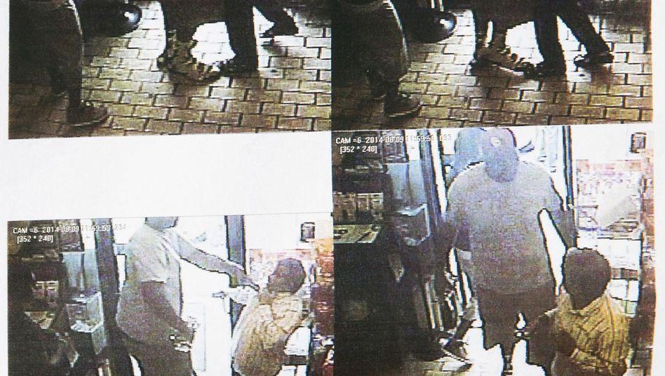 Bilder aus dem Nachbarschaftsladen: Laut Polizei ist der Mann mit dem weißen T-Shirt Michael Brown
