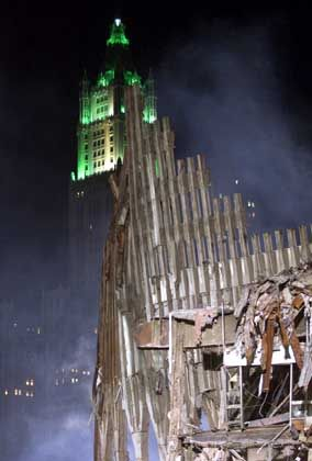Die Ruine des WTC - Ein Mahnmal für einen versäumten Brückenbau?