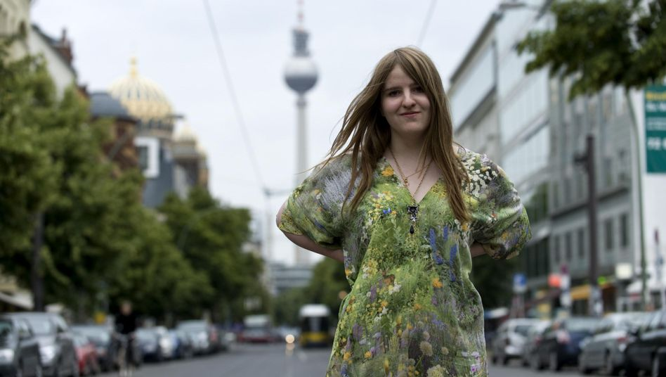 Young German writer Helene Hegemann is at the center of a new literary scandal.