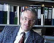 Auf der Suche nach Kernberufen: Job-Experte Werner Dostal