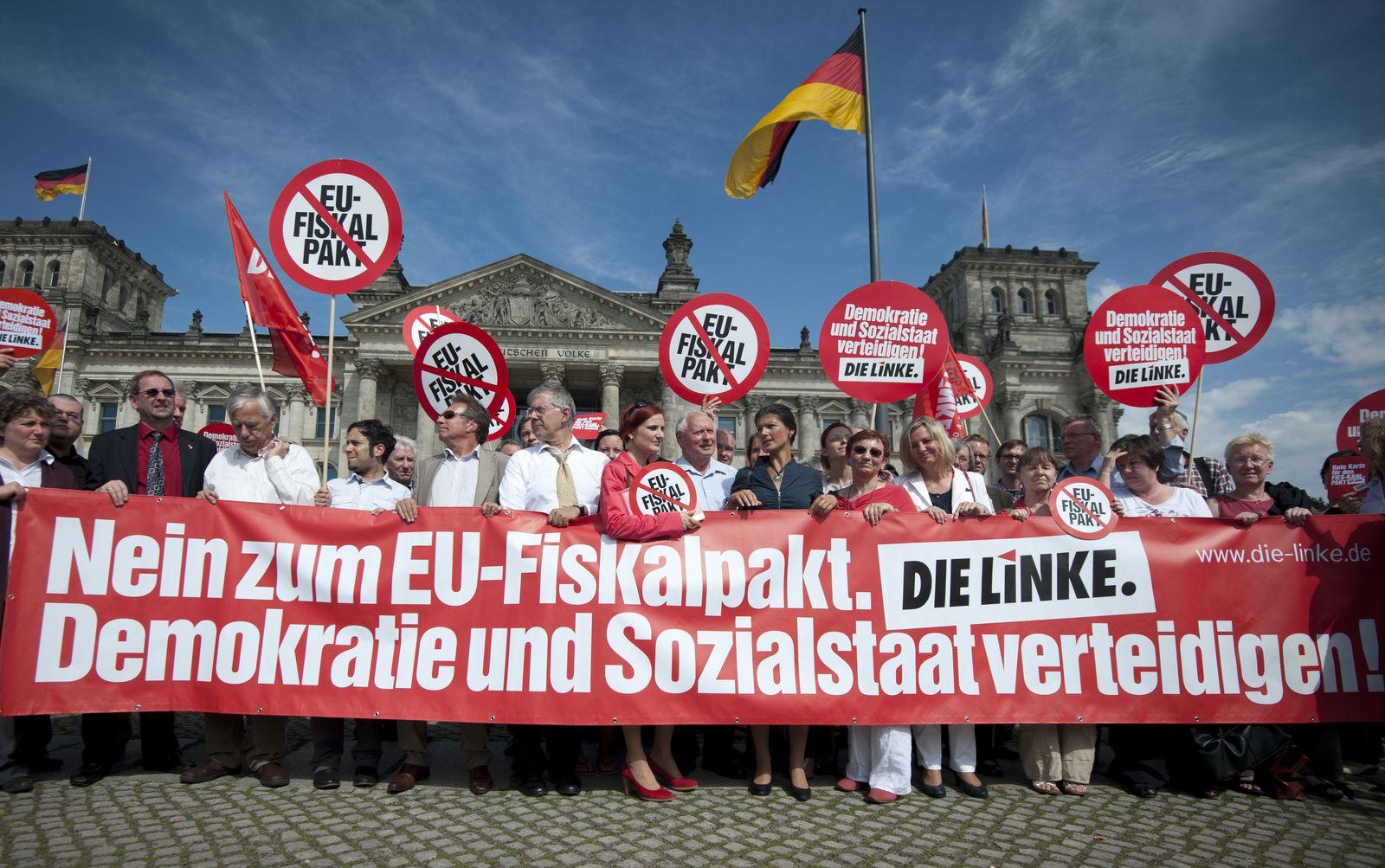 NICHT VERWENDEN Fiskal Pakt Demonstration