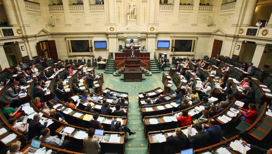 """Belgisches Parlament: """"Wir haben es geschafft"""""""