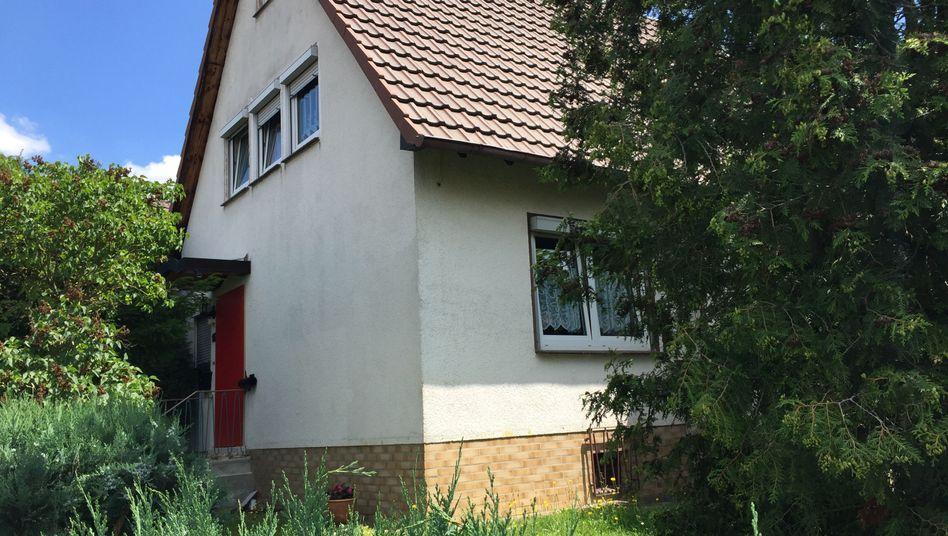 Haus von Stephan Ernst am Stadtrand von Kassel (im Juni): Ein Sprecher der Staatsanwaltschaft bestätigte die erneute Durchsuchung