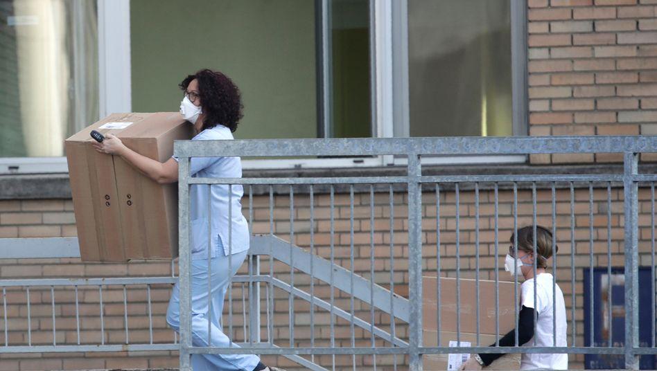 Im Krankenhaus in Codogno haben sich offenbar auch fünf Angestellte mit dem Virus infiziert