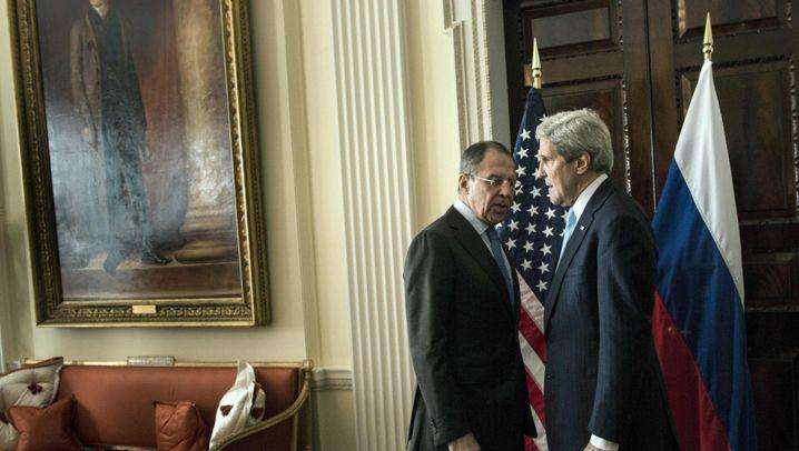 Kerry und Lawrow: Zwei Männer und ein Fußball