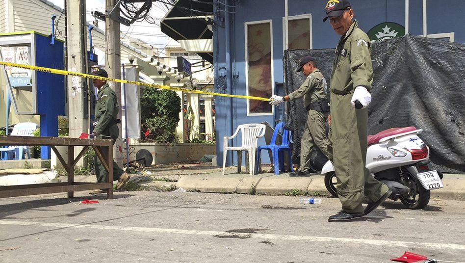 Ermittler am Tatort in Hua Hin (Archivbild vom 12. August)