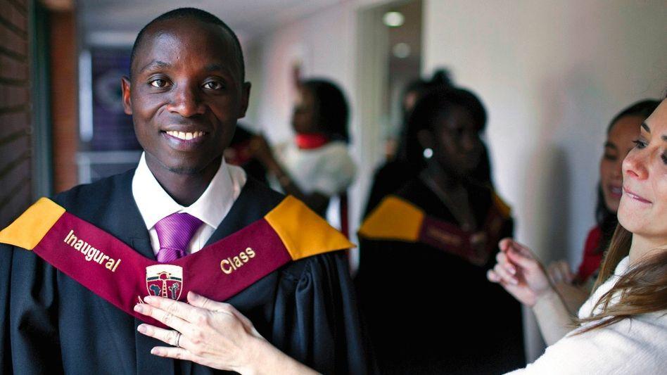 Academy-Schüler Joseph: Als 16-Jähriger gründete er ein Waisenhaus
