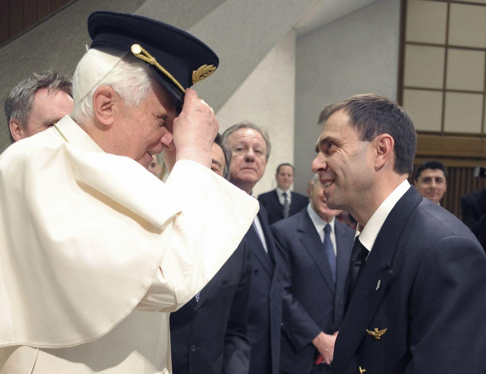 Papst pilot