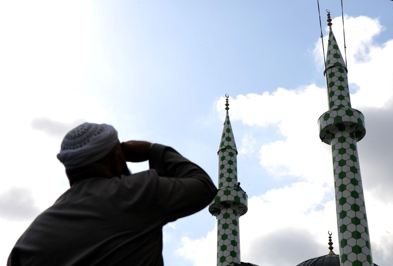 Hamburger Künstler für Minarette ausgezeichnet