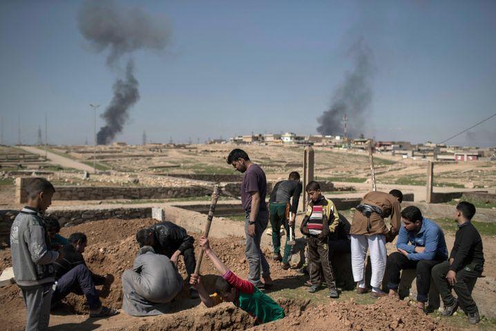 Mossul: US-Militär schließt Mitschuld an zivilen Opfern ...