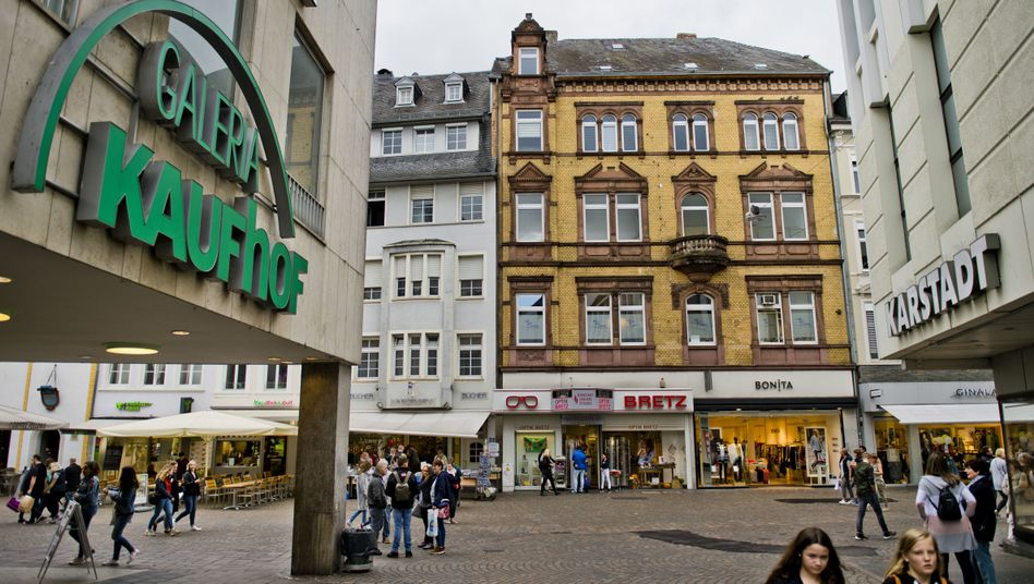 Filialen von Kaufhof und Karstadt in Trier