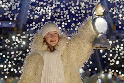 """Mit dem """"Kind des Lichts"""" endeten die XIX. Winterspiele auf die gleiche Weise wie sie begannen"""