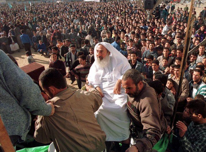 Der legendäre Hamas-Gründer, Scheich Yassin (1998): Geldüberweisung angeblich ein Versehen - wegen eines Schreibfehlers