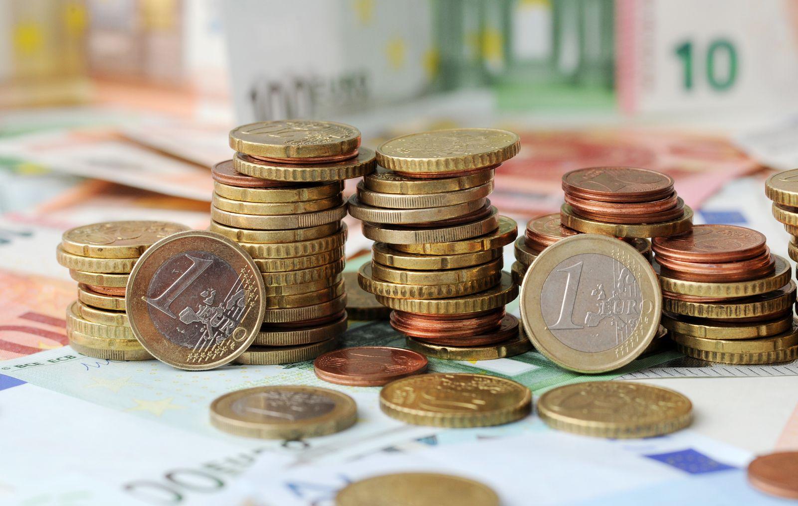 Steuer / Geld Münzen