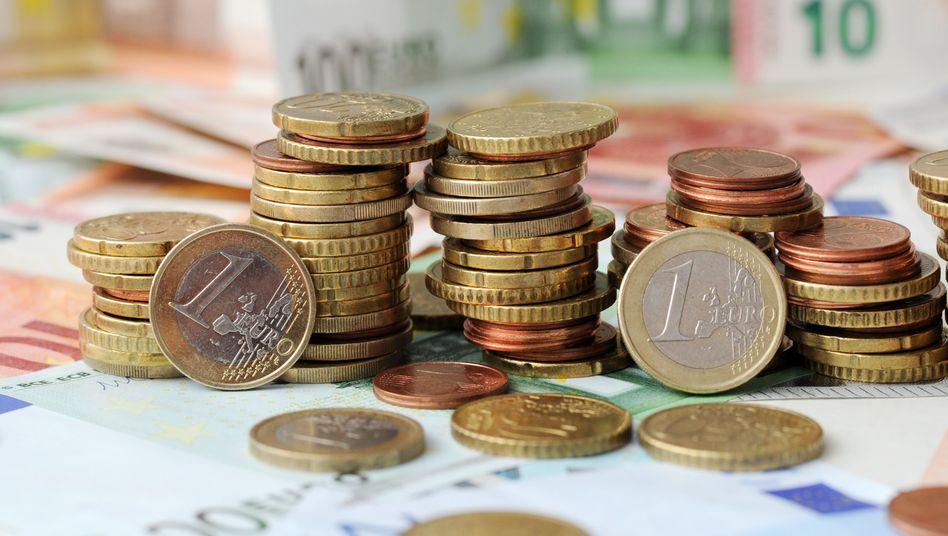 Euromünzen und -Scheine (Illustration)