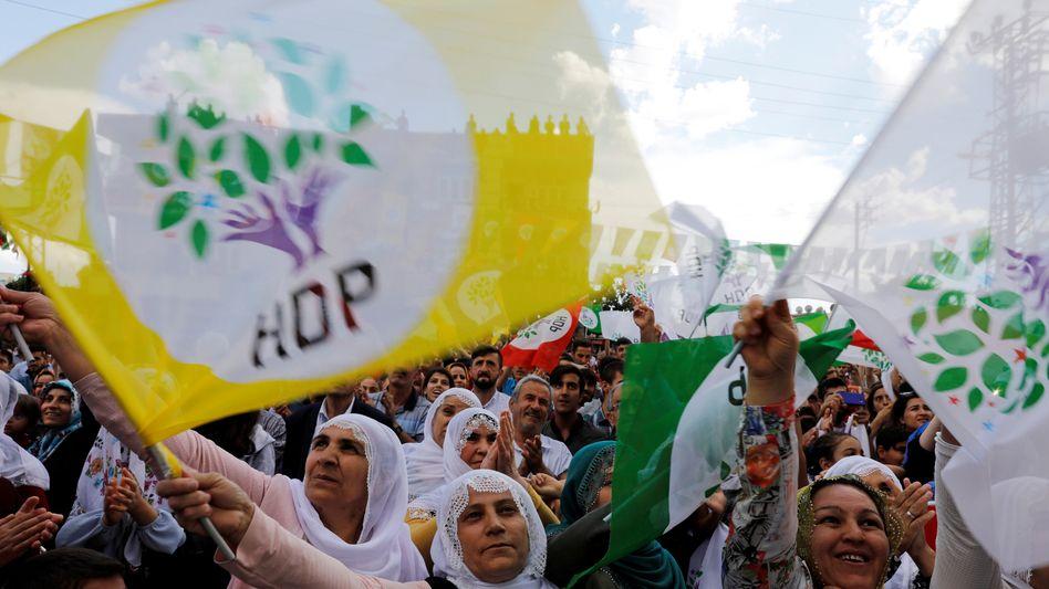 HDP-Anhängerinnen in der Stadt Silvan (Archivaufnahme)