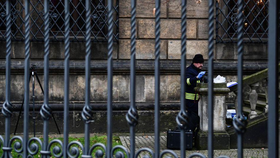 Was kam wirklich weg? Ermittlungen in Dresden