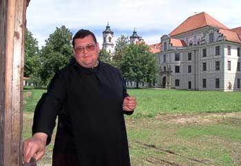 Benediktinermönch im bayrischen Ottobeuren: Fast so alt wie die Nonnen