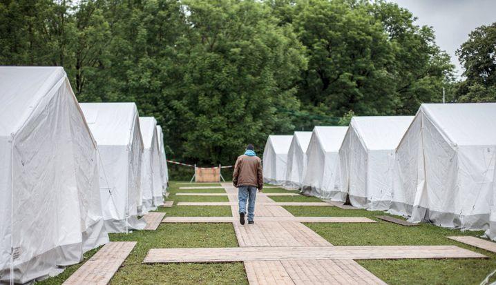 Zelte für Flüchtlinge in Salzburg