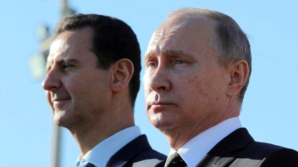 Machthaber Assad und Putin: Zivilistinnen und Zivilisten werden gezielt ausgehungert