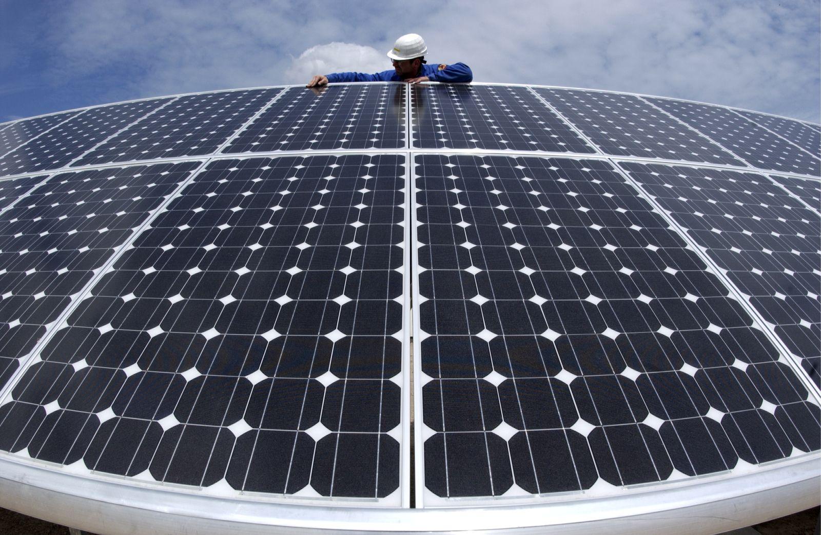 NICHT VERWENDEN Solarkraftwerk / Solaranlage