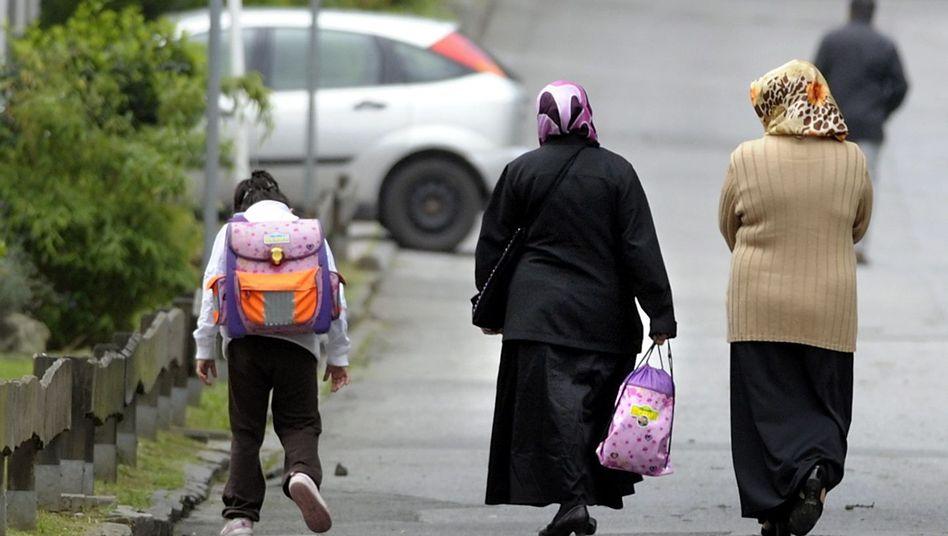 Muslimische Einwanderer: Die von Politikern ausgerufene Massenzuwanderung gibt es nicht