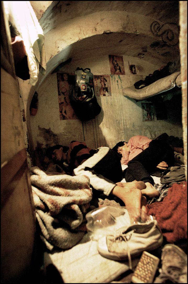 Ärmere Häftlinge in San Pedro: Geteilte Zellen