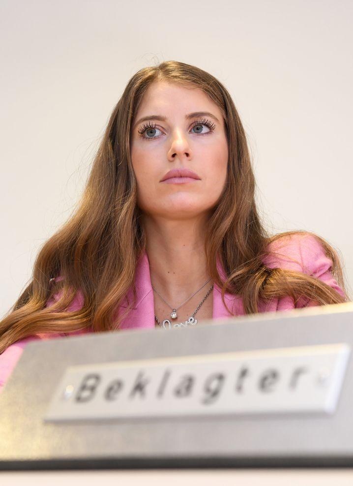 Cathy Hummels im Gerichtssaal des Landgerichts München