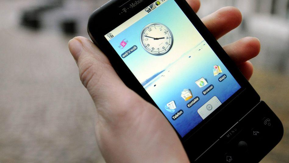Taschenbüro: Smartphones sind Kleinrechner, die auch in der Freizeit Arbeit ermöglichen