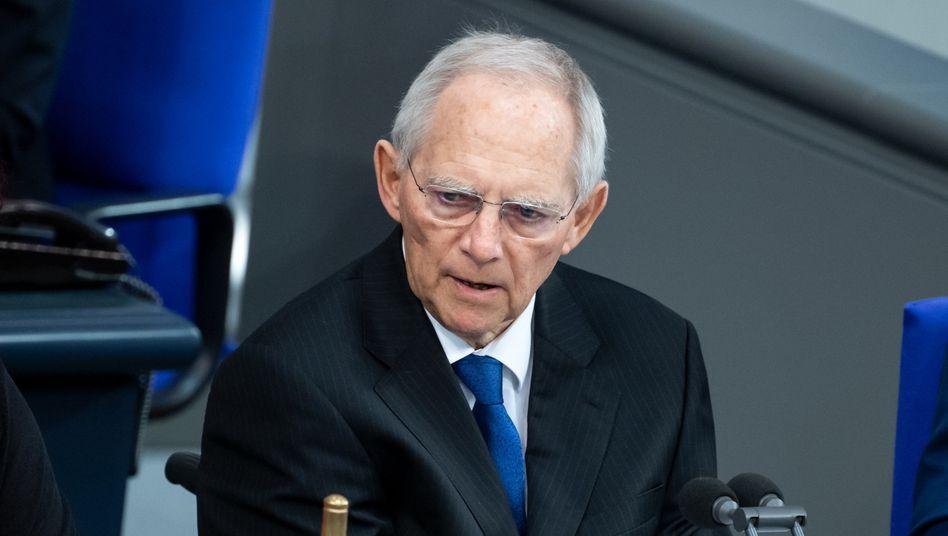 """Wolfgang Schäuble: """"Solche Wahnsinnstaten geschehen nicht im luftleeren Raum"""""""