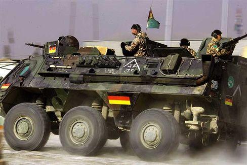 Bundeswehr in Afghanistan (Archivbild 22.Dezember 2005): Verluste nach Anschlag