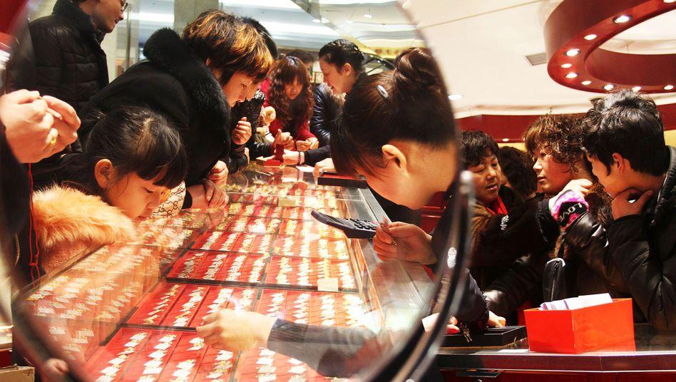 Luxusshopper im chinesischen Xuchang: 190 Milliardäre leben in China