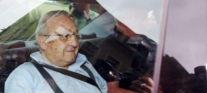 Waffenlobbyist Schreiber (am Montag): Ihm drohen 15 Jahre Haft