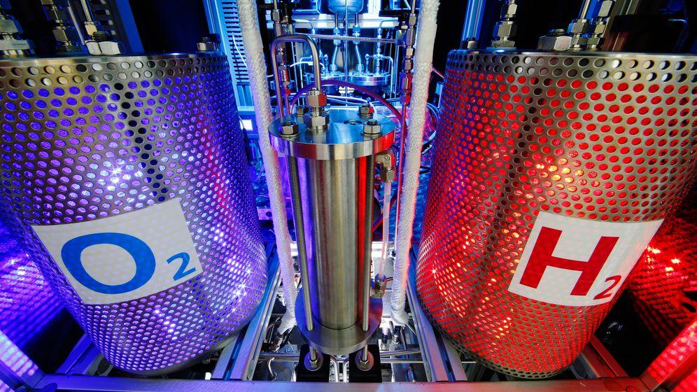Synthetische Kraftstoffe: Elektrolyse für das Klima-Benzin