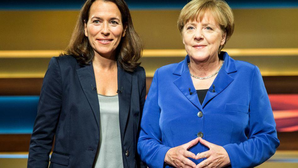 Kanzlerin Merkel im Studio von Anne Will: Fragestunde im Abendprogramm