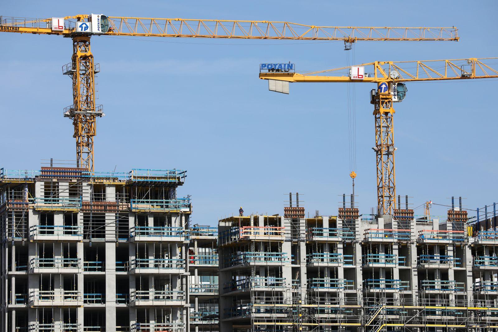 Wohnungsbau / Baugenehmigungen / Immobilien