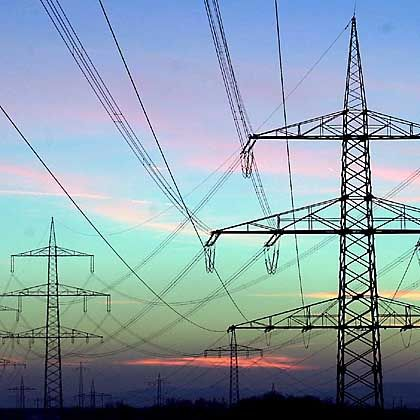 Strommasten: Bundesregierung wehrt sich gegen Vorgabe aus Brüssel