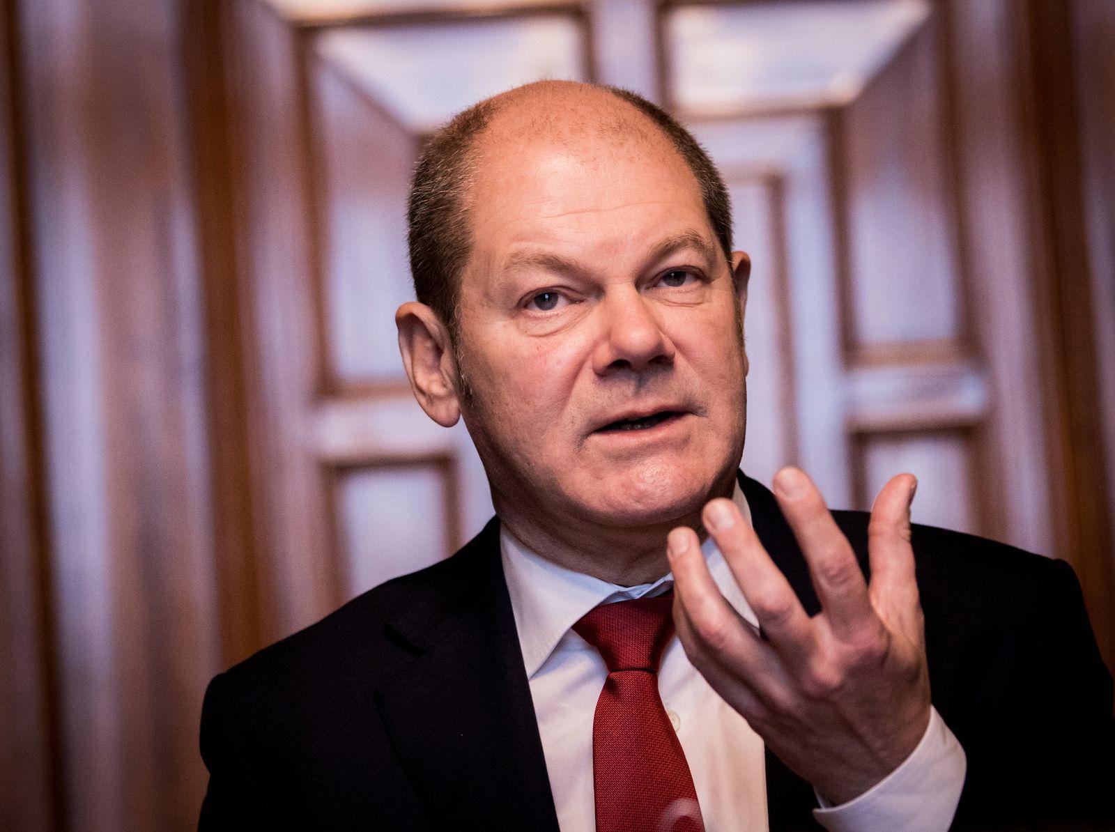 KoKo statt GrKo/ Hamburgs Erster Bürgermeister Olaf Scholz