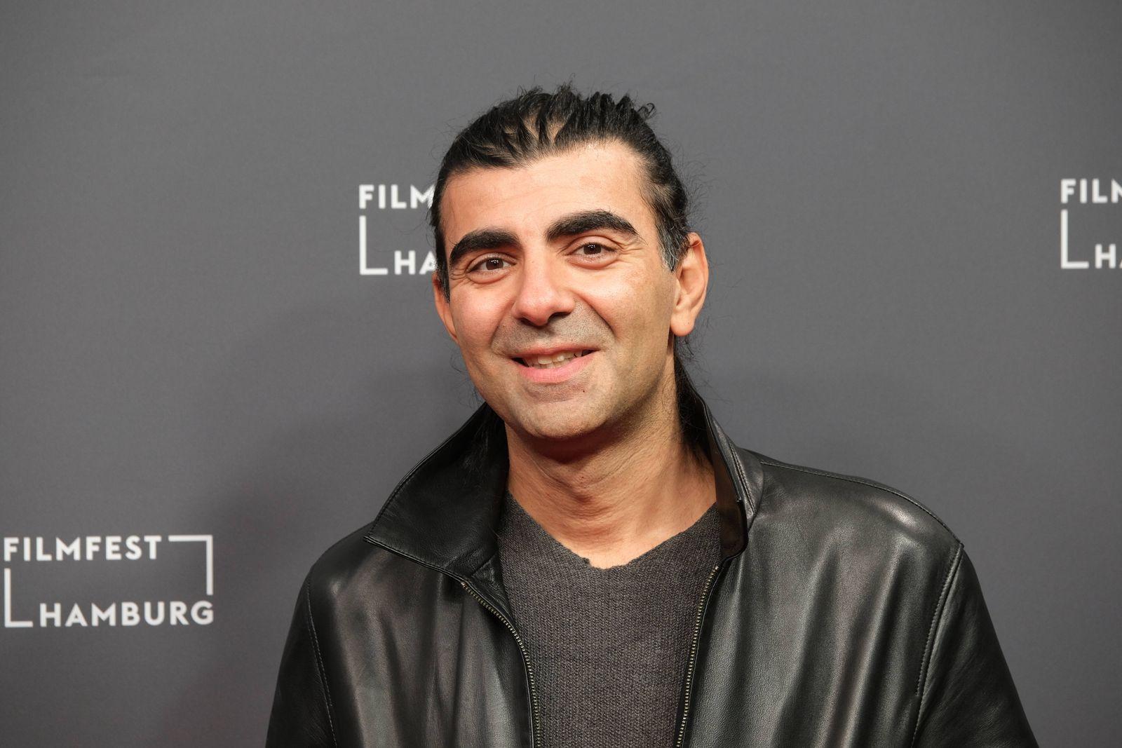 28. Filmfest Hamburg Fatih Akin Roter Teppich zur Premiere von Kurz und schmerzlos im Cinemaxx Kino Hamburg Dammtor 2.10