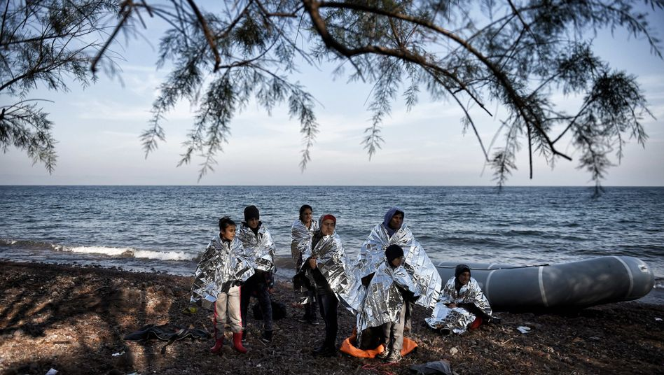 Flüchtlinge (hier auf Lesbos): Das beherrschende Thema des Jahres