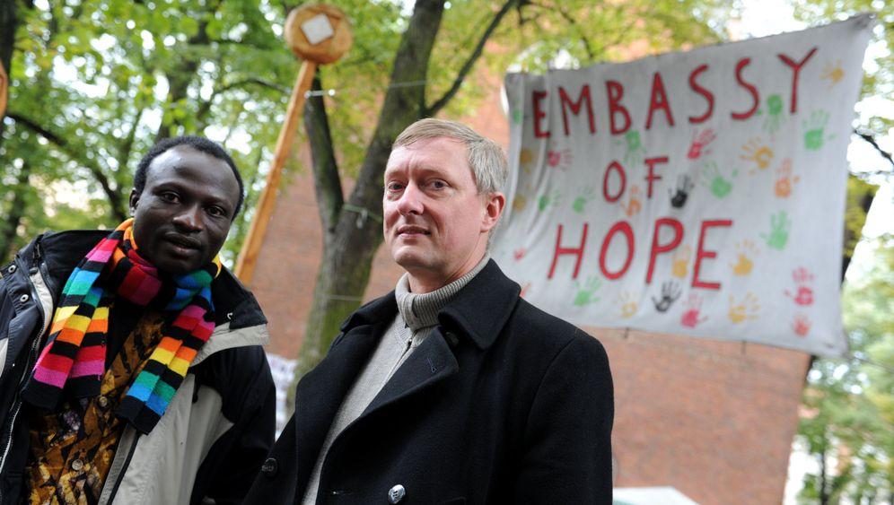 Asly-Pastor in Hamburg: Der Engel vom Kiez