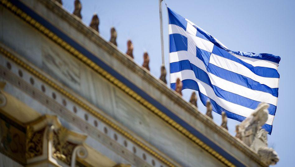 Griechische Flagge in Athen: Wer zahlt für den Aufschub?